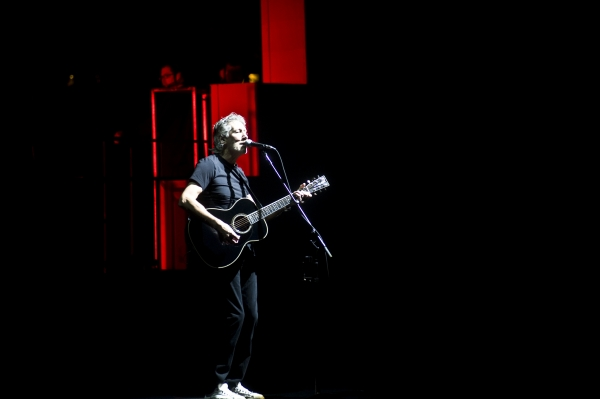 Mother The Roger Waters Wall Tour United Center, Chicago Il 2010