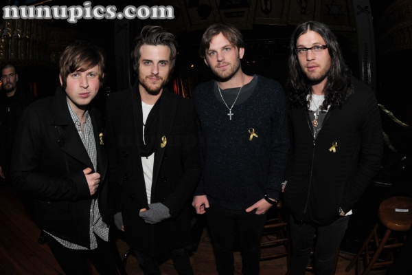 Back stage with the Kings of Leon Chicago 2009