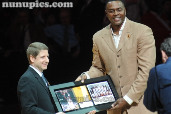 Horace Grant Honored  at 1991 20th Anniversary Chicago Bulls Reunion March 12 2011