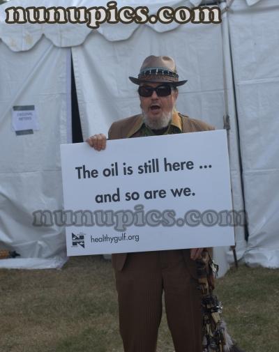 Dr John Defends his turf Voo Doo 2011