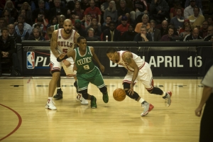 Derrick Rose Leads Chicago Bulls Vs Boston Celtics April 8 2011