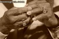 Buddy Guy Hands 2012