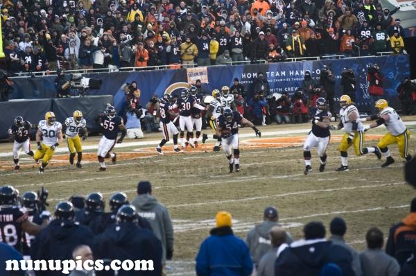 Interception Bears! NFC Champion Game Jan 2011.  Brian Urlacker intercepts Aaron Rogers.