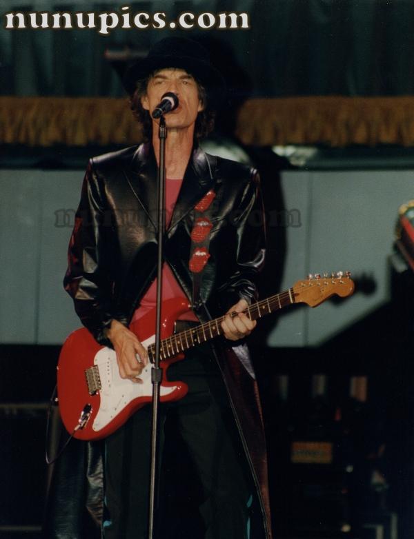 Mick Jaggar Voo Doo Tour  !997 Chicago Soldier Field